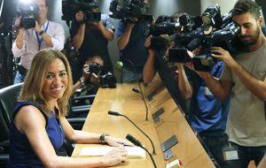 Sociedad Civil ficha a Chacón, Borrell y otros políticos catalanes