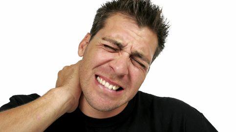 Esta es la posición perfecta para acabar para siempre con los dolores de cuello