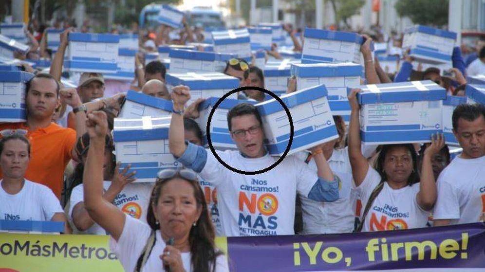 Foto: Carlos Caicedo (en un círculo), en una protesta contra el Canal.