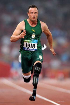 Pistorius, el Bolt Paralímpico, ya vuela en Pekín