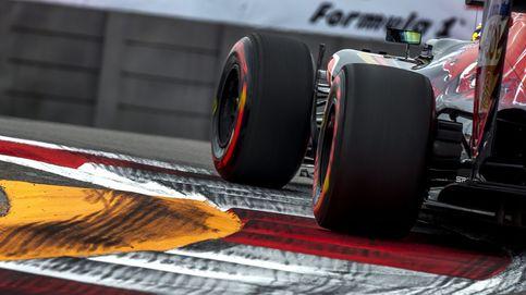 El momento y escenario ideal para un puñetazo en la mesa de Carlos Sainz