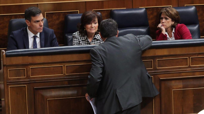 Moncloa blinda su relación con el PNV: Calvo almuerza con Erkoreka para cerrar traspasos