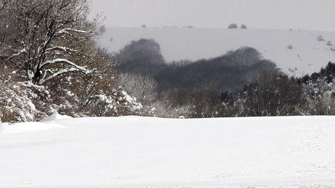 El tiempo este fin de semana: alerta por nieve y riesgo de aludes en la montaña