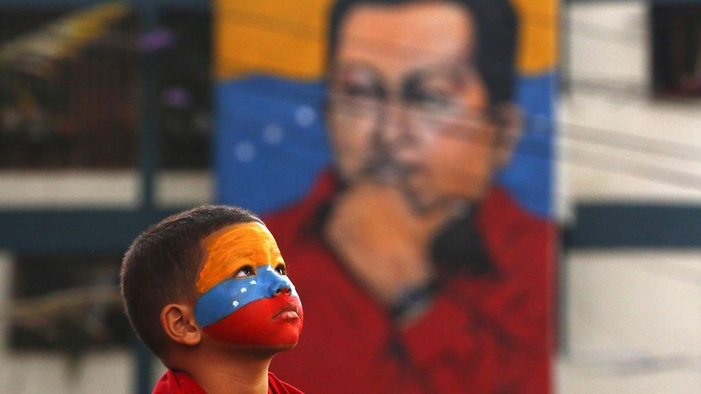 Hugo Chávez vive... y sirve para todo