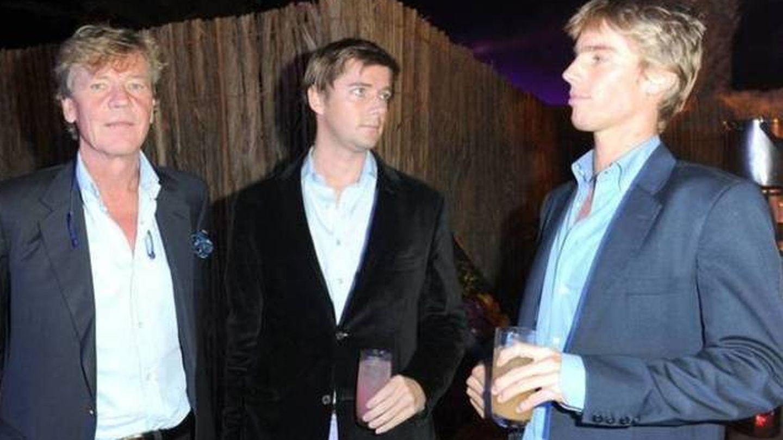 Ernesto de Hannover junto a sus hijos Ernesto y Christian (Gtres)