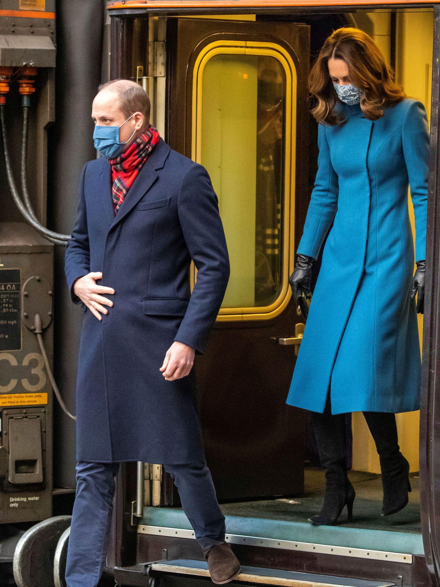 Guillermo y Kate, en Escocia durante el Royal Tour. (Reuters)