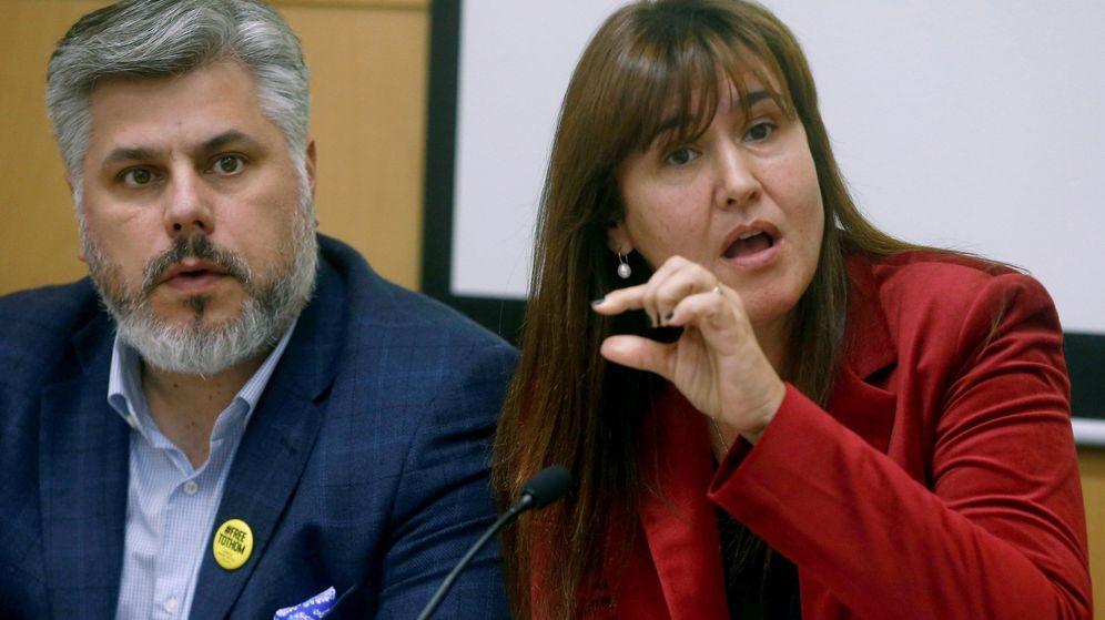 Foto: Laura Borràs, junto a Albert Batet. (EFE)