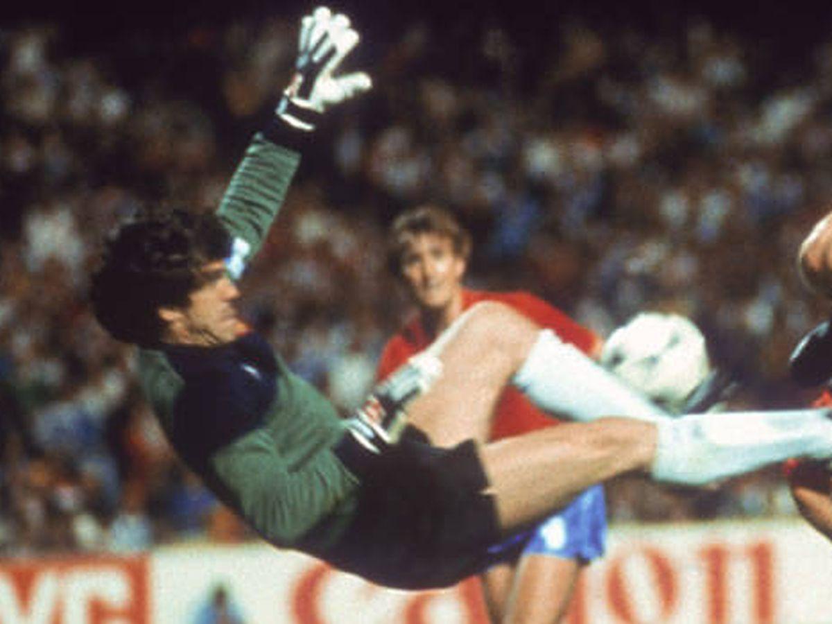 Foto: Luis Arconada, en la Eurocopa de Francia 1984