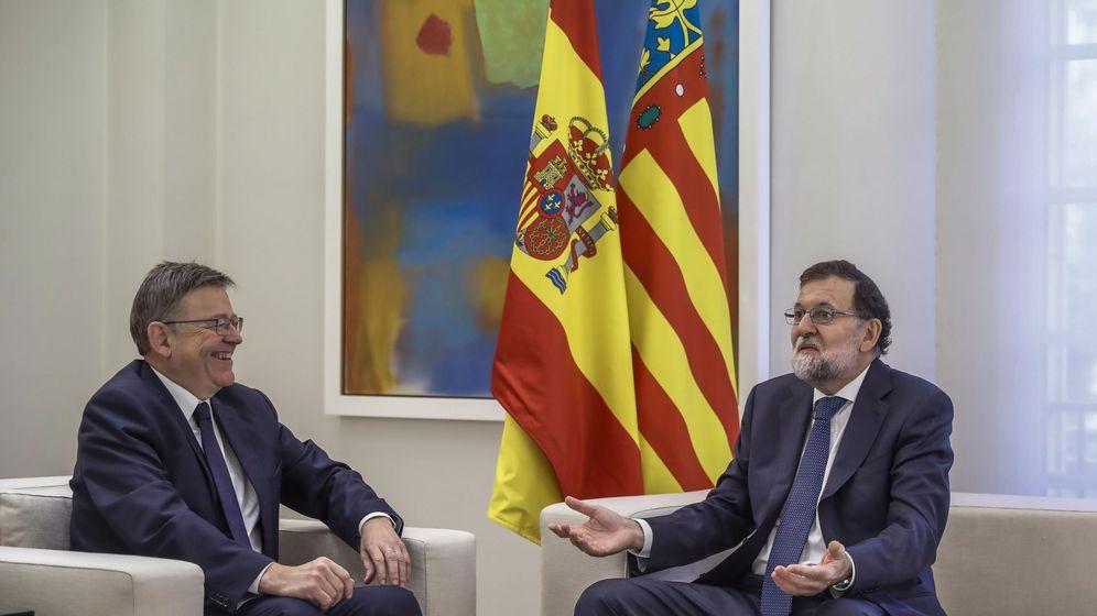 Foto: Rajoy y Ximo Puig, este jueves en su reunión en Moncloa. (EFE)