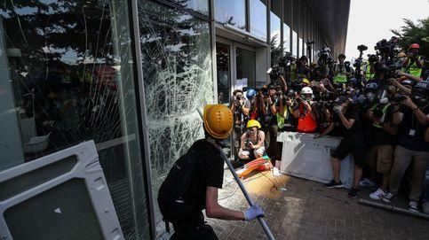 Cientos de miles de hongkoneses arrancan marcha en día de cesión británica