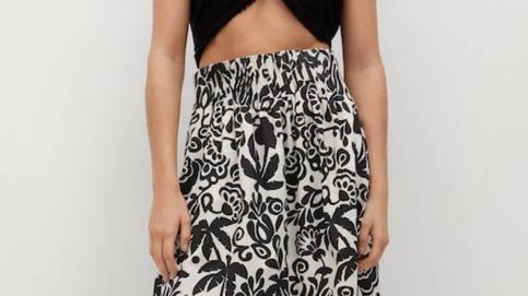 Esta falda de las rebajas de Mango es la favorita de las mujeres de más de 50 años