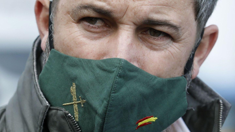 El presidente de Vox, Santiago Abascal, durante una rueda de prensa en Barcelona. (EFE)