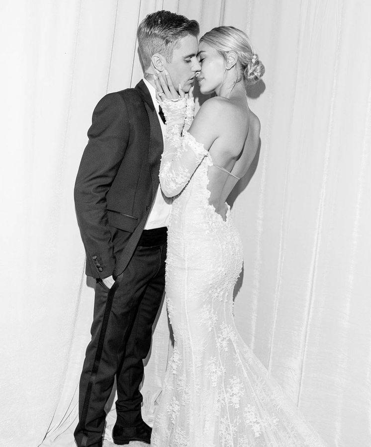 Foto: Señor y señora Bieber. (Redes)