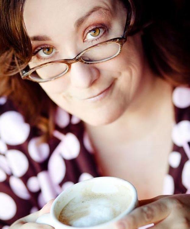 Foto: La escritora Mary T. McCarthy en una foto promocional. (Facebook)