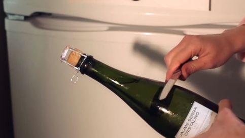 Cómo abrir una botella de champán para impresionar en Nochevieja