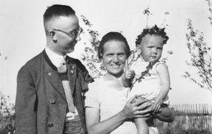 ¡Heil Hitler! Con amor, vuestro papi, firmado Himmler