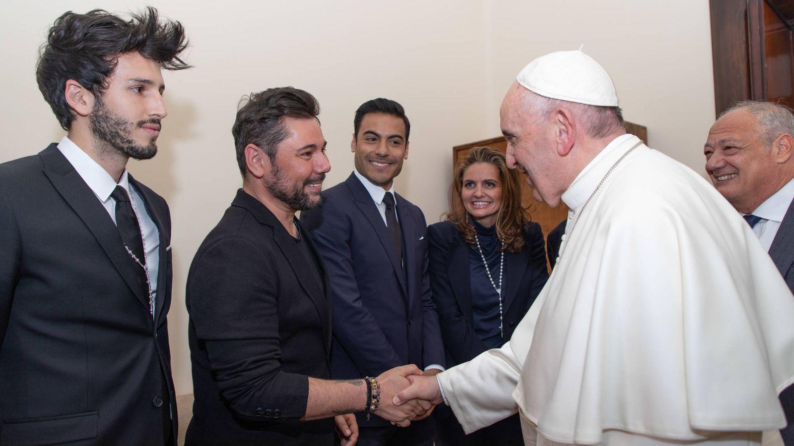 Foto:  Miguel Poveda, con el Papa Francisco.