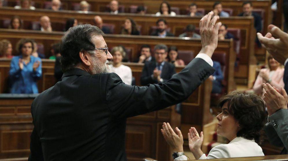 Foto: Rajoy en la segunda jornada de la moción de censura. (EFE)
