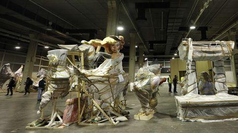 Los ninots del confinamiento aguardan un futuro incierto en un almacén de Valencia