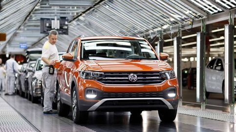 Las ventas de coches caen el doble que en Europa y a quién le importa