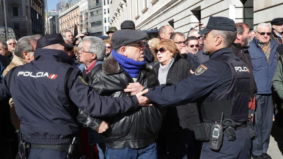 Miles de jubilados de toda España se manifiestan por unas pensiones dignas