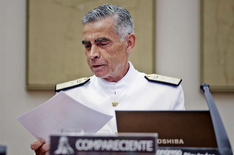 El Jefe del Estado Mayor de la Defensa, el almirante Fernando García Sánchez, durante su comparecencia en la Comisión de Presupuestos. (EFE)