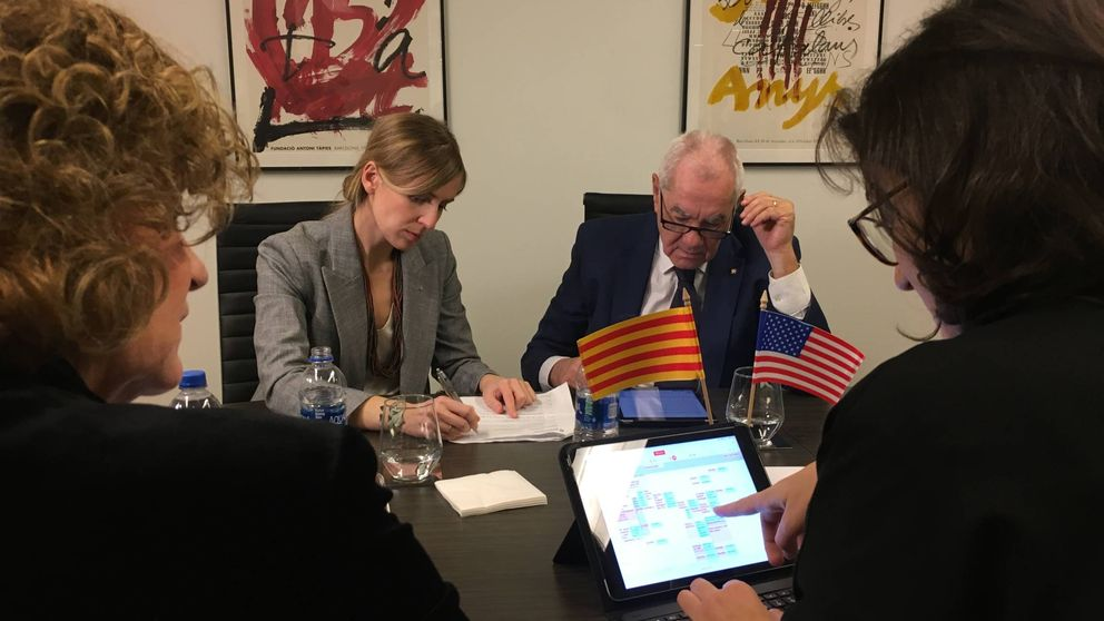 La Generalitat contará con 12 'embajadas' antes de fin de año para hacer república