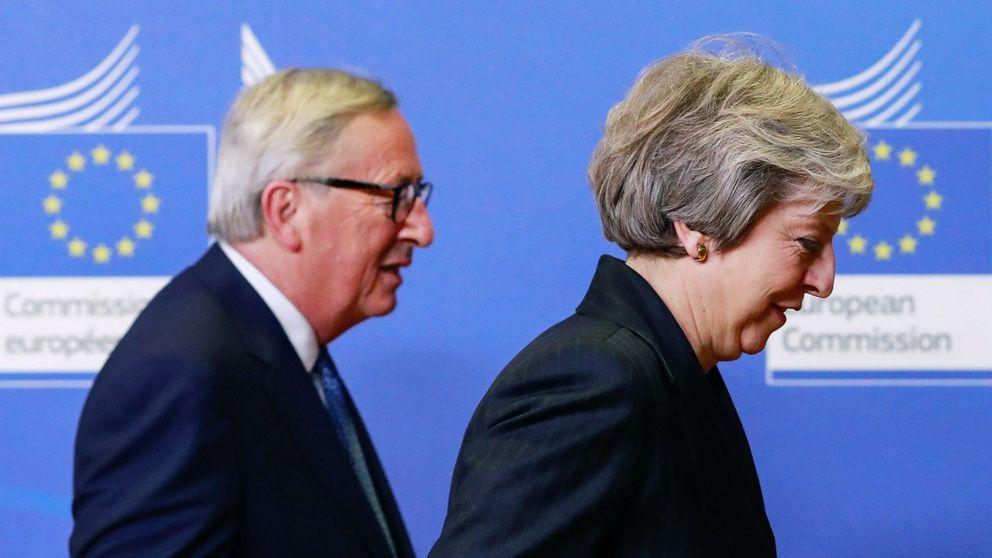 El riesgo de que no haya Brexit marca la reunión entre May y Juncker