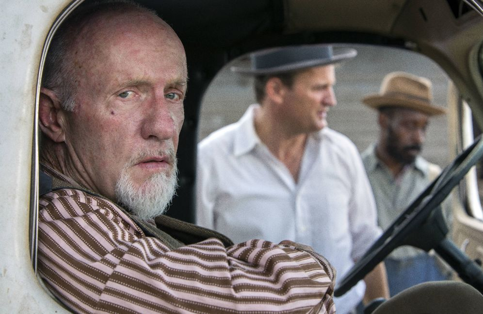 Foto: Jonathan Banks en una secuencia del largometraje 'Mudbound'. (Netflix)