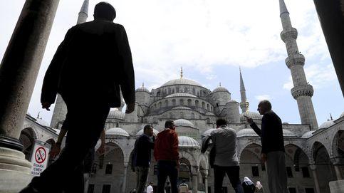 Rezos del viernes en Estambul