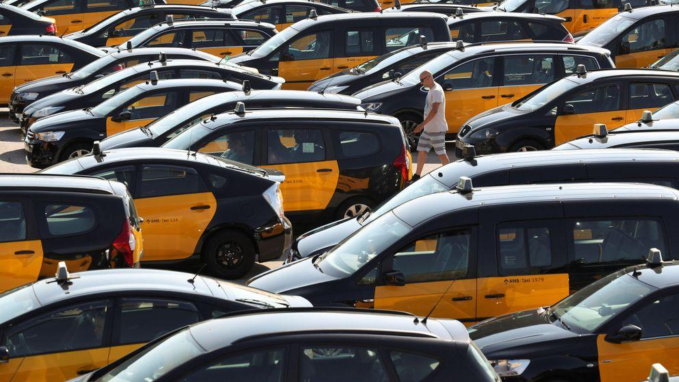 El Govern recula: exigirá solo 15 mins para pedir una VTC y el taxi declara la huelga