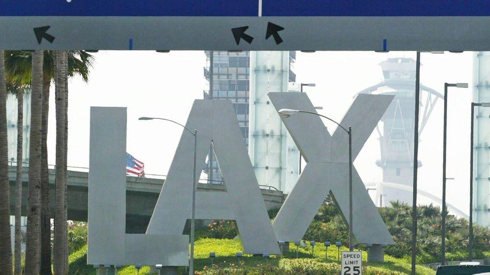 Un muerto en un tiroteo en el aeropuerto de Los Ángeles
