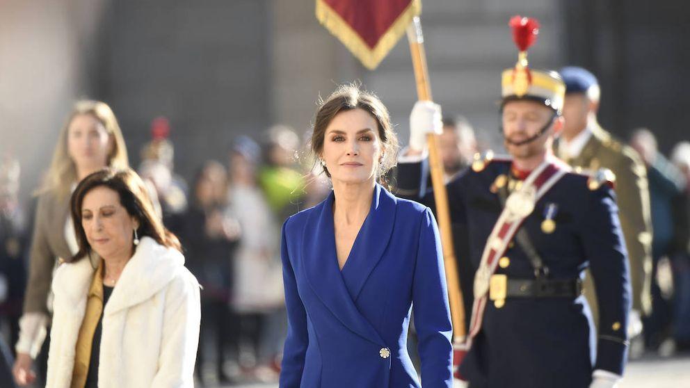Los 3 nuevos vestidos de Felipe Varela que Letizia llevaría (y los 3 que no)
