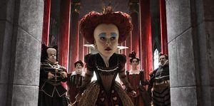 La 'Alicia' de Tim Burton se mantiene en el número uno de la taquilla