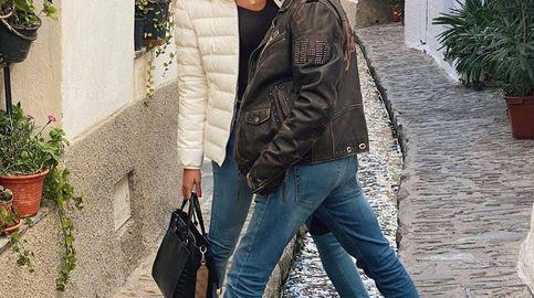 Chupa de Danny Zuko, zapatillas a juego con Ana Soria... El look más llamativo de Ponce