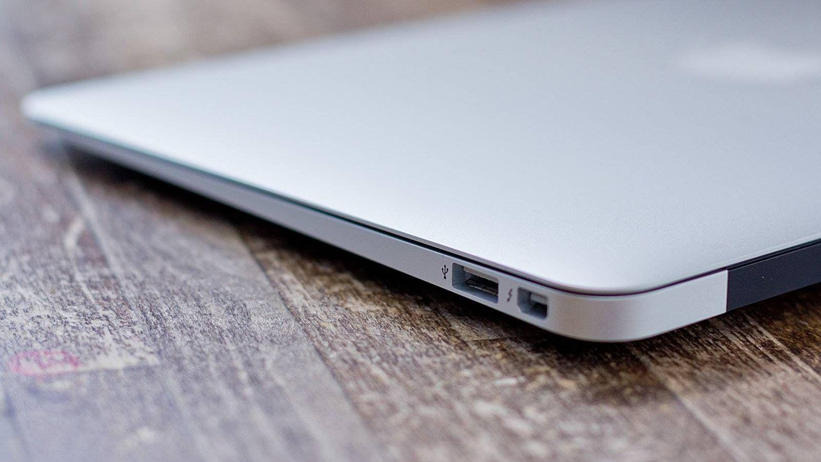 Foto: El MacBook Air se ha quedado algo atrás en comparación con la competencia.