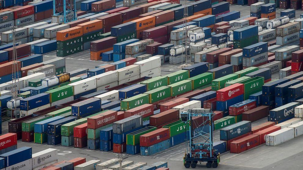 El déficit comercial bajó un 19% por la caída de importaciones y exportaciones