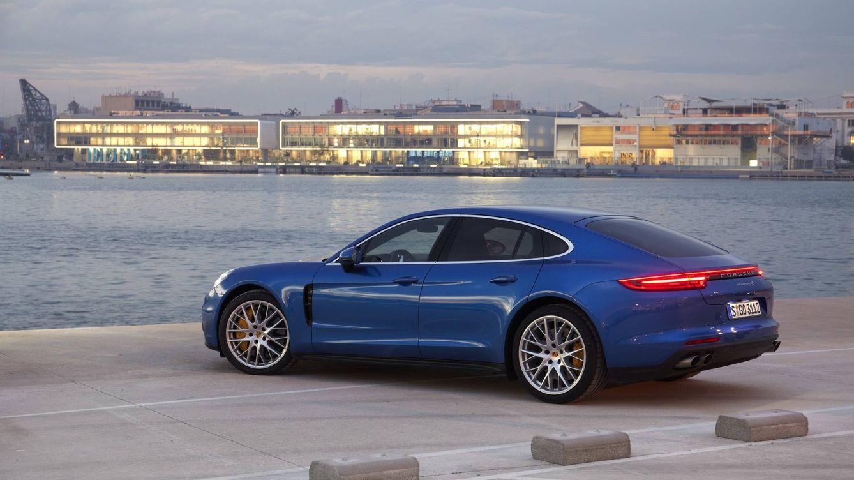 Porsche Panamera, el coupé de 4 plazas