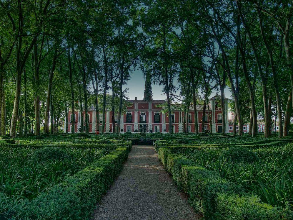 Foto: El impresionante palacio de Moratalla y sus jardines con son Bien de Interés Cultural. (D.R)