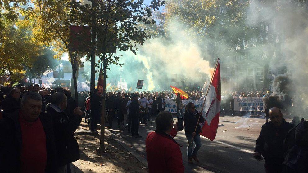 La huelga de taxi en España, en imágenes
