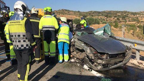 La Guardia Civil busca a un conductor que huyó por el campo tras chocar con otro