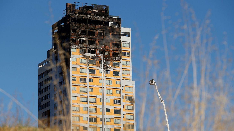 Consencuencias del incendio en el edificio. (EFE)