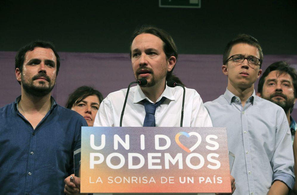 Foto: Las caras de la noche del 26-J lo decían todo. (EFE)