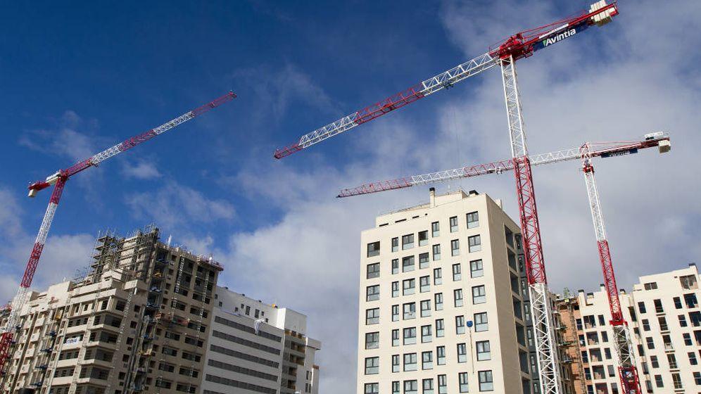 Foto: Edificios en construcción.