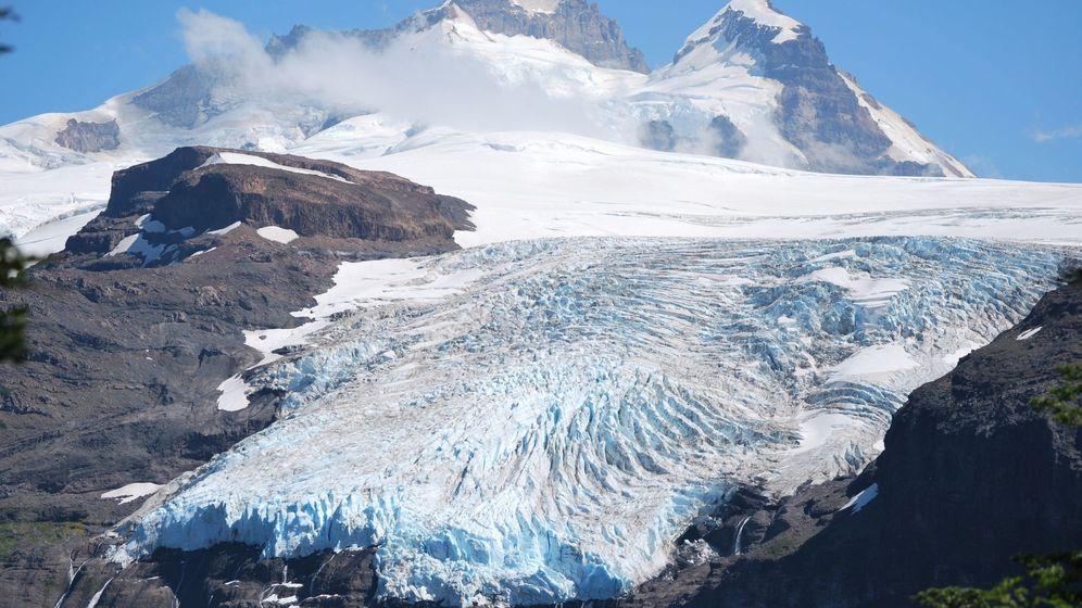 Foto: Los glaciares andinos acusan la crisis climática con severos derretimientos. Foto: EFE