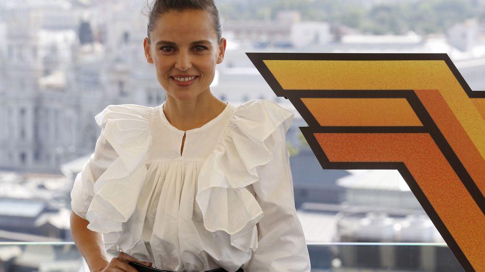 Foto: Elena Anaya posa junto al logo de 'Wonder Woman'   EFE