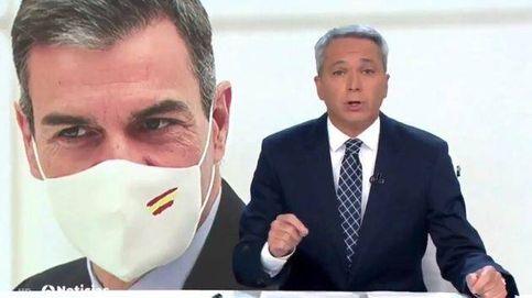 Vicente Vallés regresa a 'Antena 3 Noticias' con un doble repaso a Pedro Sánchez
