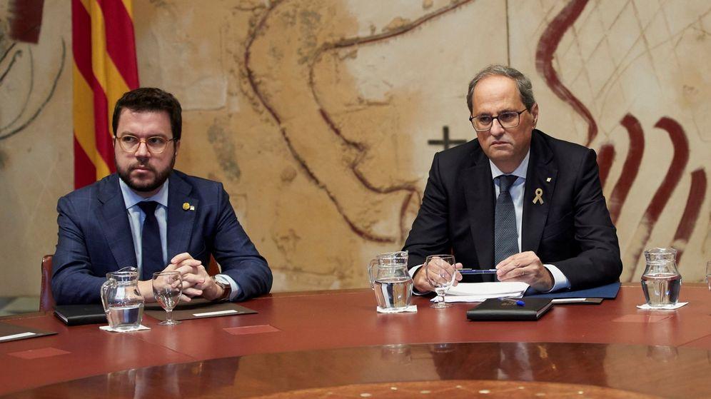 Foto: Pere Aragonès (i), junto al presidente de la Generalitat, Quim Torra. (EFE)