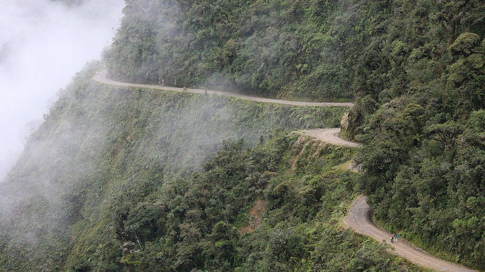 Foto: El Camino de la Muerte es considerada la carretera más peligrosa del mundo. (Wikimedia Commons)