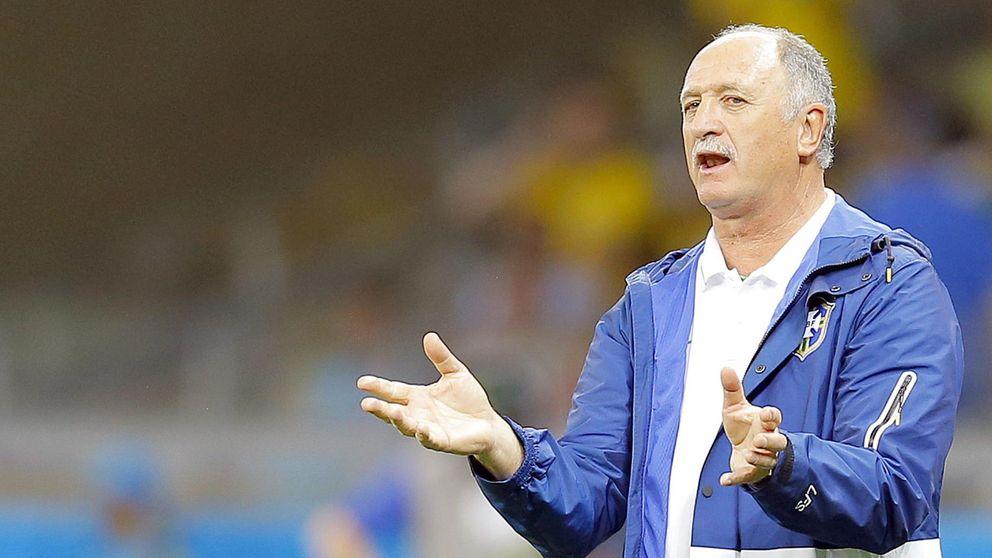 Scolari asume la responsabilidad y pide disculpas por la derrota
